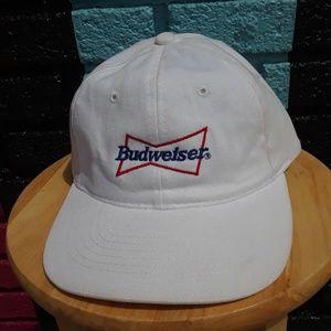 BUDWEISER SPORTSMAN CAP WHITE